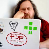 Richard Stallman dimite del MIT y la Free Software Foundation  tras sus declaraciones sobre asalto sexual y pornografía infantil