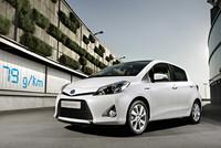 El Toyota Yaris híbrido costará 15.900 euros, un órdago contra Honda