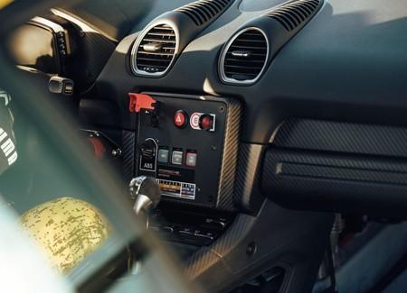 Porsche 718 Cayman Gt4 Clubsport 11