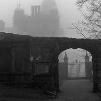 La misteriosa ruta de los cementerios de Edimburgo de noche