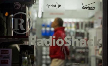 Amazon podría comprar algunos locales de RadioShack para inaugurar su propia cadena de tiendas físicas