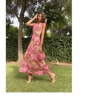 Inés Domecq vuelve a deslumbrar con un nuevo look de invitada ideal