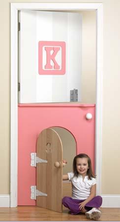 Puerta dentro de la puerta de la habitaci n infantil for Puerta imaginarium