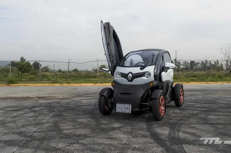 Renault Twizy, a prueba: el auto eléctrico más accesible es también el más peculiar