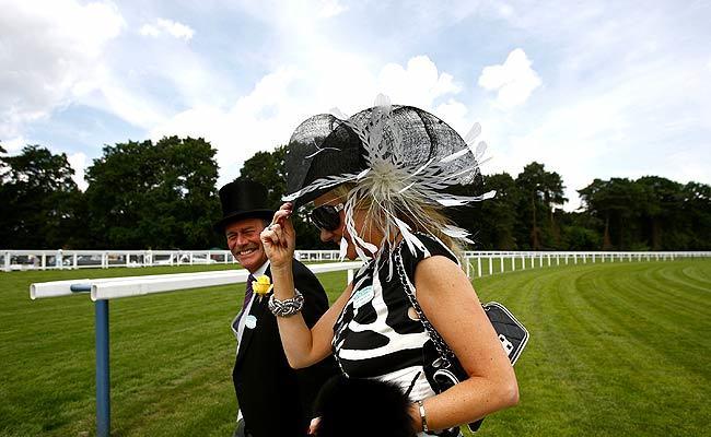 Foto de Ascot 2008: imágenes de sombreros, tocados y pamelas (6/20)