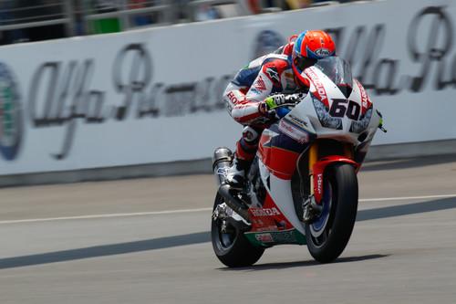 Michael van der Mark logra su primera pole, las Kawasaki en primera fila