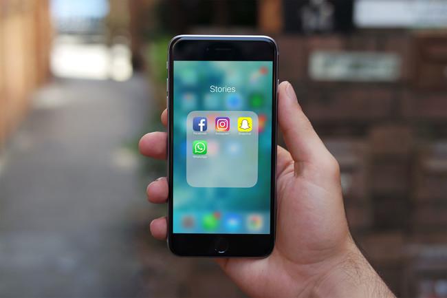 Snapchat, Instagram Stories, Facebook Stories y WhatsApp Status, ¿hay alguna diferencia?