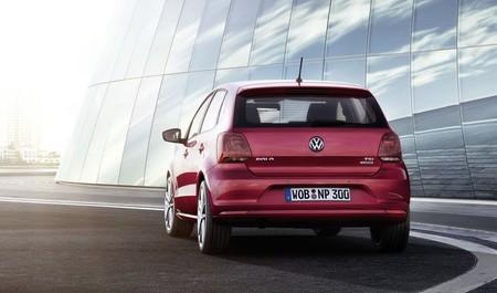 Volkswagen Polo 2014 rojo trasera