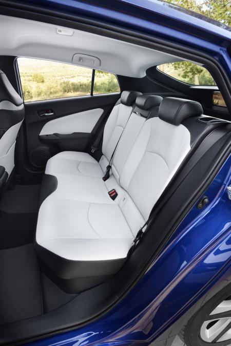 Toyota Prius 2016 495