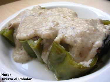 Pimientos verdes rellenos de carne. Receta