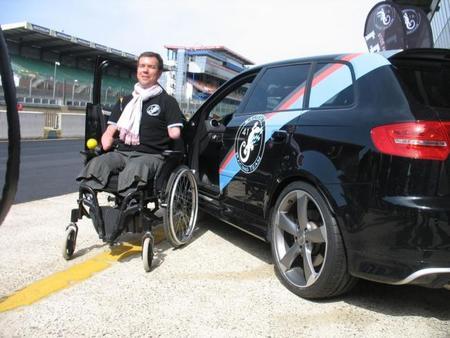 Frédéric Sausset: camino de las 24 horas de Le Mans sin pies ni manos