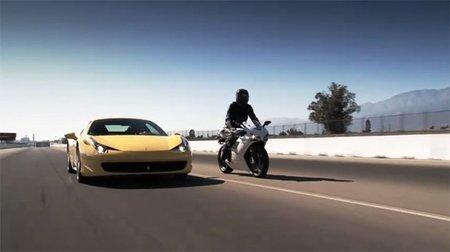 Ducati pone a prueba otro superdeportivo, le toca al Ferrari 458