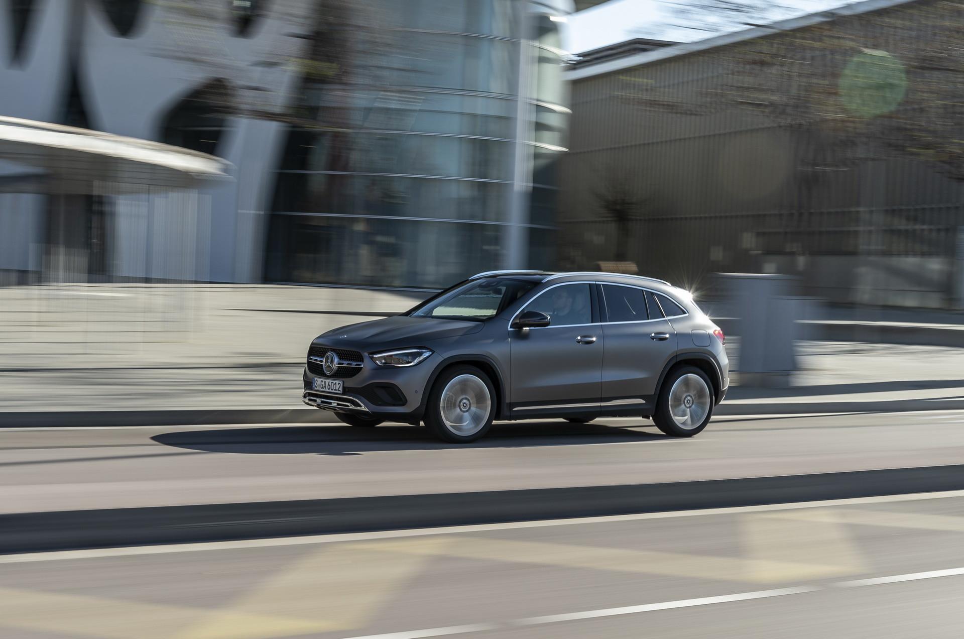 Foto de Mercedes-Benz GLA 2021 (20/103)