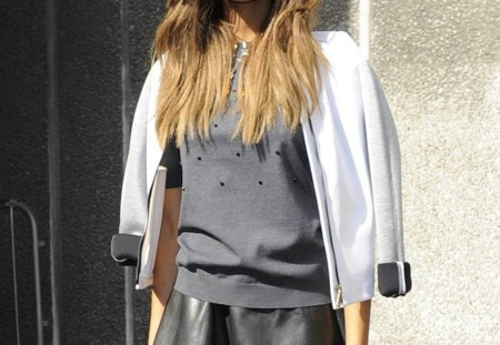 Duelo de estilos: dos top models y una chaqueta Fay