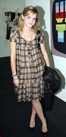 Emma Watson también se apunta a la moda de los cuadros