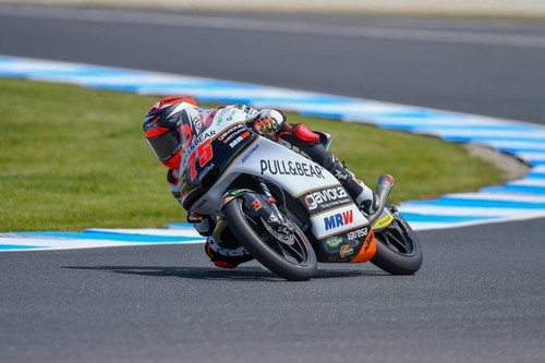 Albert Arenas gana en Australia, Marco Bezzecchi cae y Jorge Martín afianza su liderato de Moto3