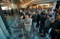 La Apple Store de Valladolid ya ha abierto: así fue la inauguración de la novena tienda de Apple en España