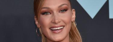 Bella Hadid apuesta por la coleta de los 90 para la alfombra roja de los MTV VMAs 2019