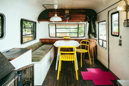 Una oficina en una caravana