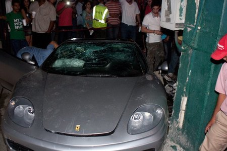 Dolorpasión™: Ferrari 360 partido en dos