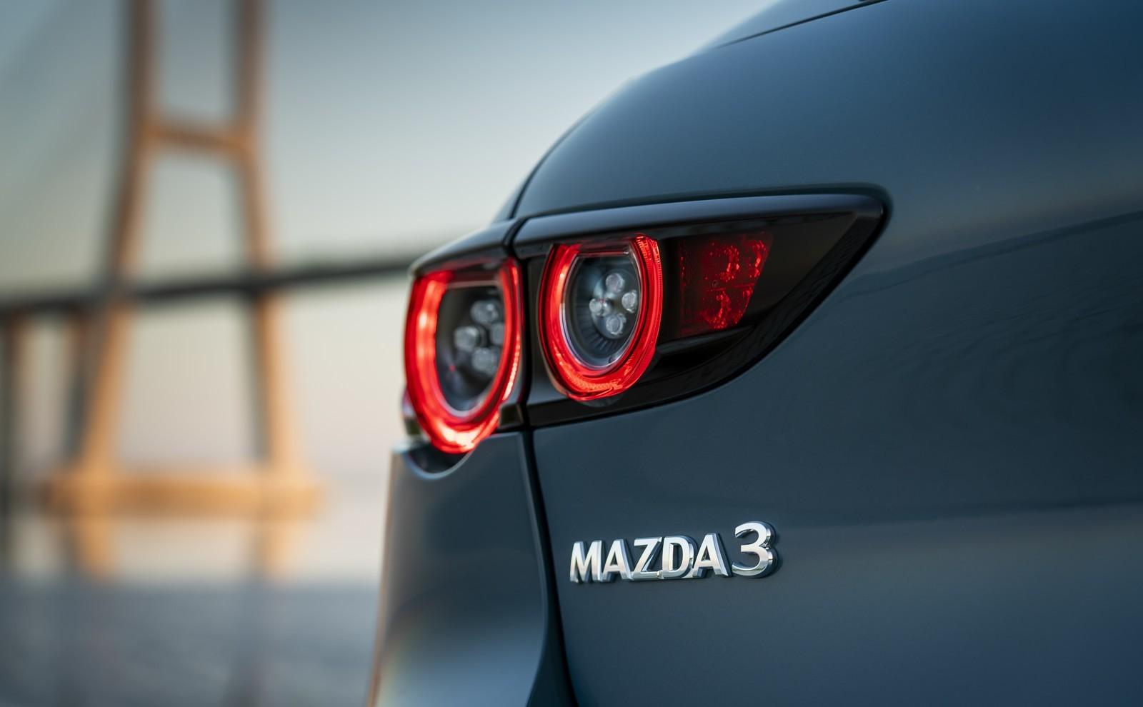 Foto de Mazda3 2019 (34/128)