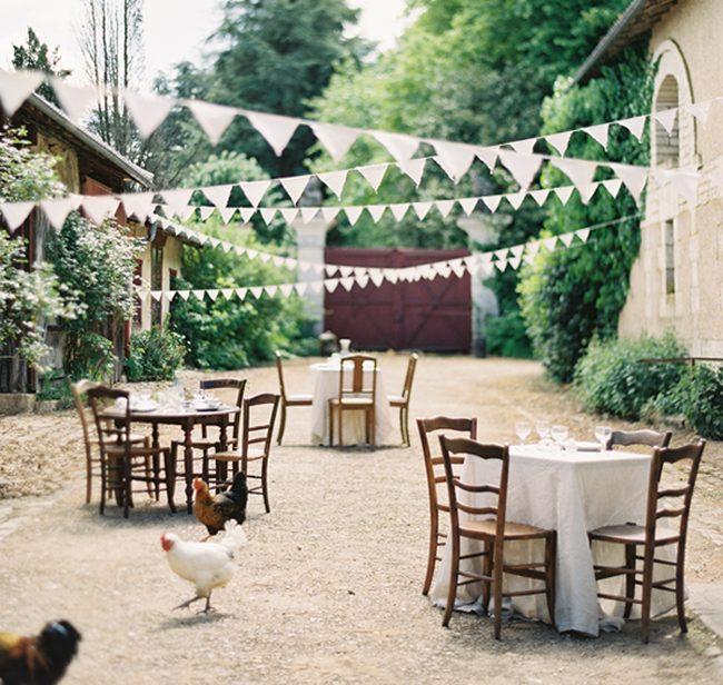 Las mejores fiestas al aire libre cinco diy para decorar - Jardines decorados para fiestas ...