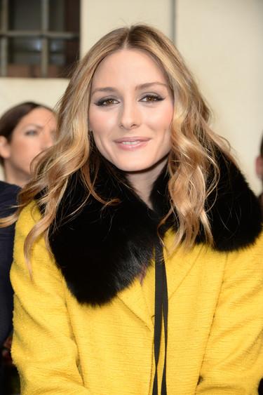 Olivia Palermo no teme a la mala suerte y ¡se ha marcado este lookazo amarillo!