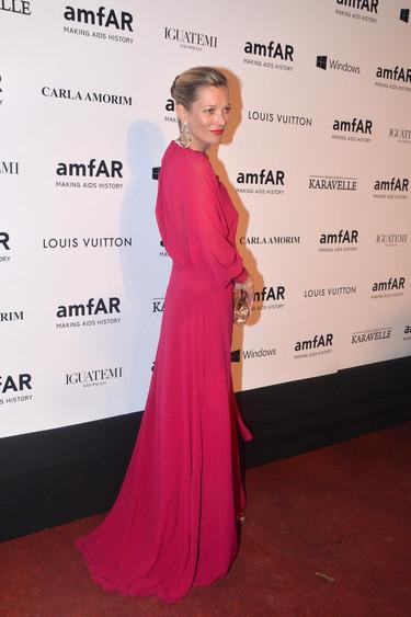 Quien tuvo, retuvo: Kate Moss, Naomi Campbell y Sharon Stone en la gala AmfAR de Sao Paulo