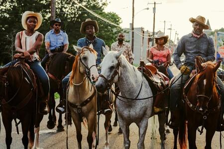 Escena Cowboy Asfalto