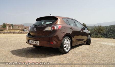 Mazda3 1.6 CRTD 115 cv ópticas traseras