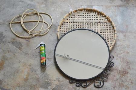 Hazlo t mismo un espejo colgante de bamb con un 39 look 39 veraniego - Espejos de mimbre ...