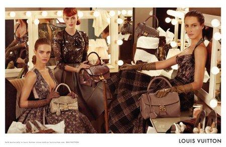 Tres generaciones de 'top models' en la nueva campaña de Louis Vuitton