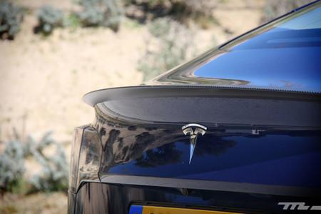 Trump concede un salvoconducto a Tesla para que compre más barato el aluminio japonés que necesita