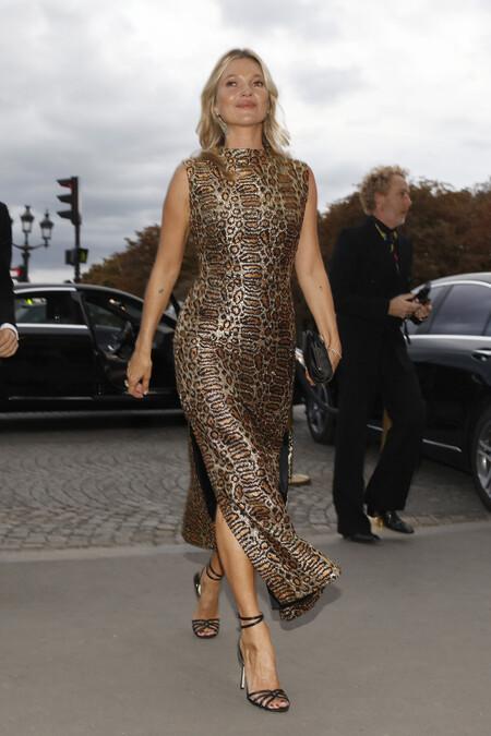Como Llevar Un Vestido De Leopardo 3