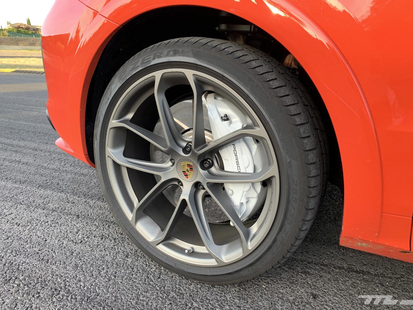 Foto de Porsche Cayenne Coupé Turbo (prueba) (26/42)