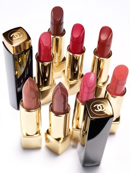 Chanel-Rouge-Allure-Moire-Makeup-Collection-for-Autumn-2013-Sigrid-Agren-2