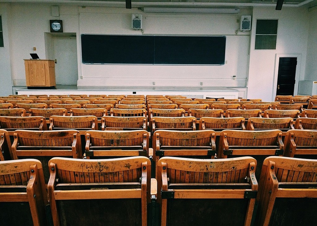 Classroom 1699745 960 720