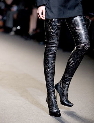 Botas altas perforadas de Stella McCartney